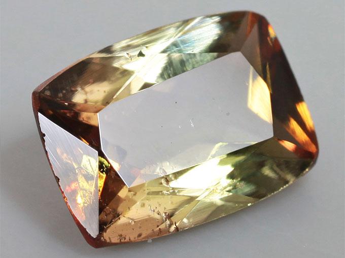 Андалузит камень