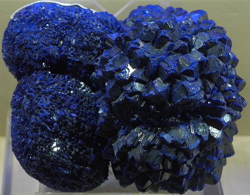 Кристаллы азурита из Китая