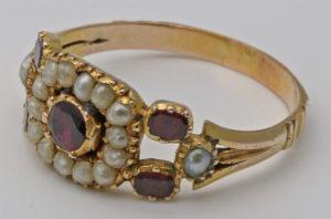 Золотое кольцо с грузинским жемчугом
