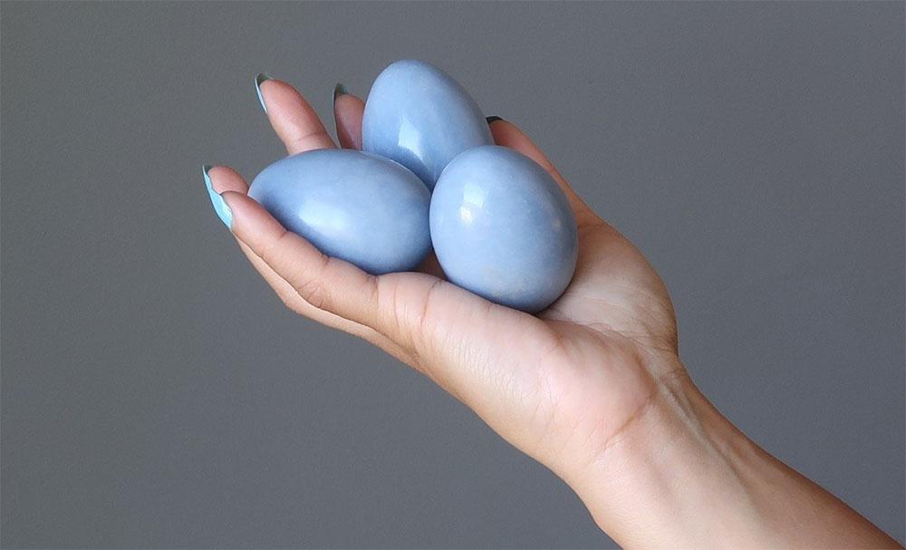 Ангелитовое яйцо