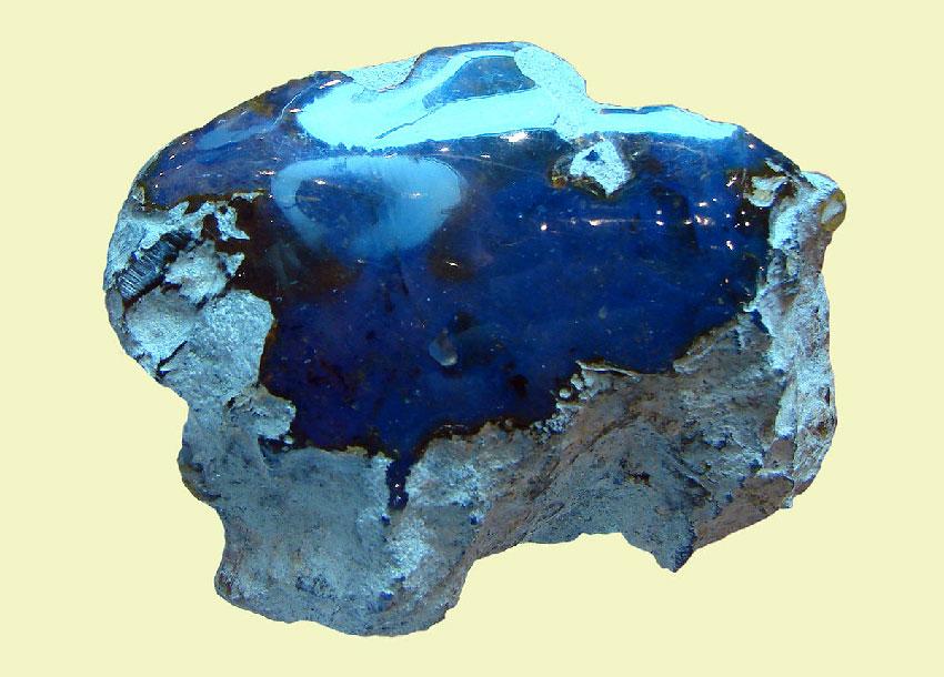 Голубой янтарь из Доминиканской Республики