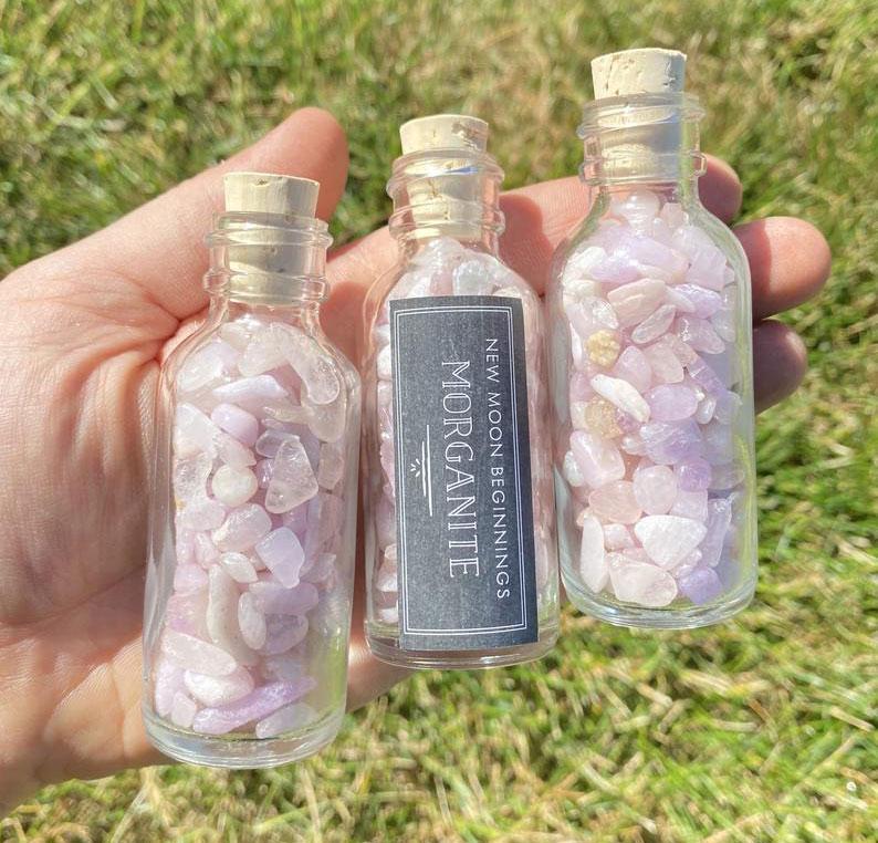 Морганит в бутылках