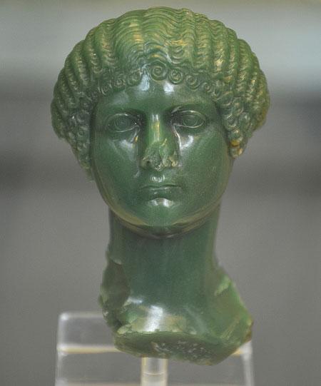 Зеленый халцедон портрет бюст Юлия Друзилла или Livia Ливилла (сестры Калигулы), сделанные около 37-39 н.э., Британский музей