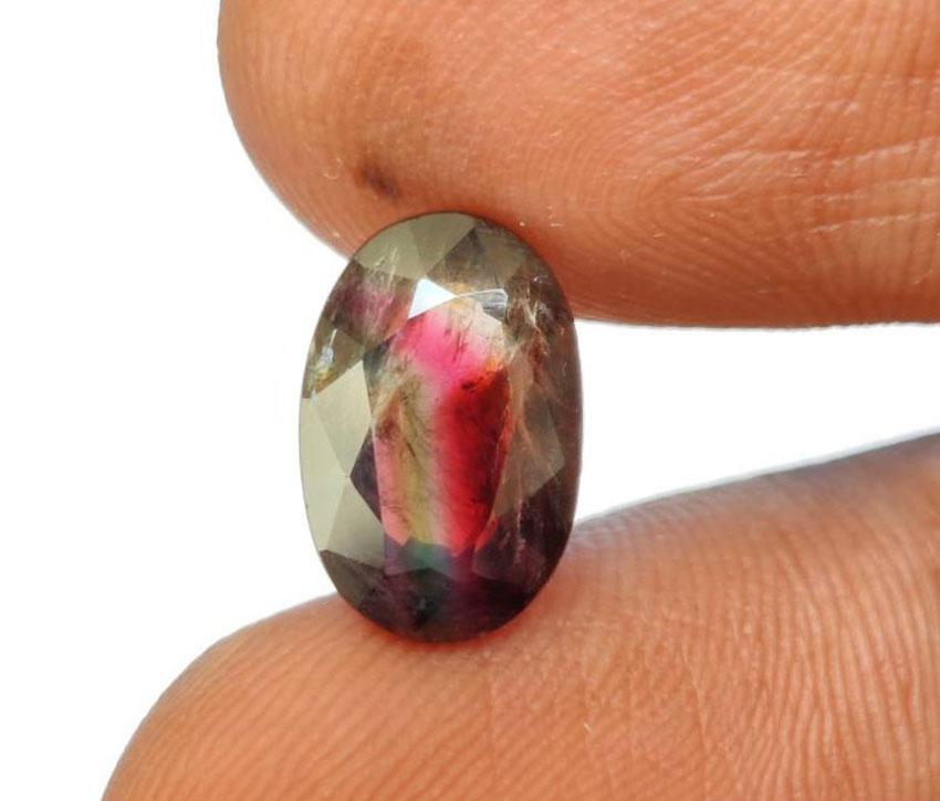 Красота камня Турмалин